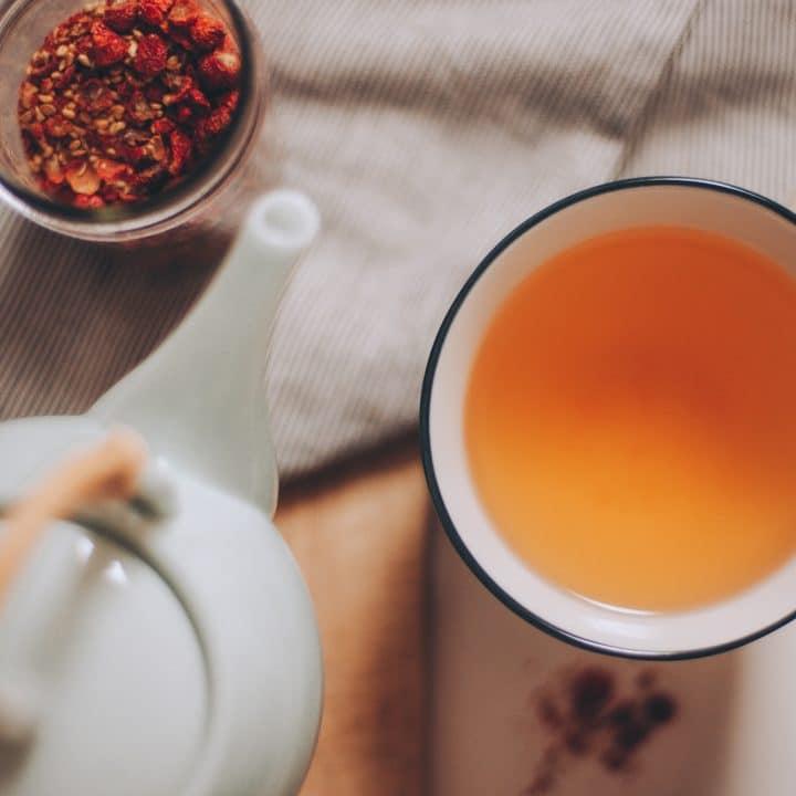 How to Make Wild Rose Hip Tea