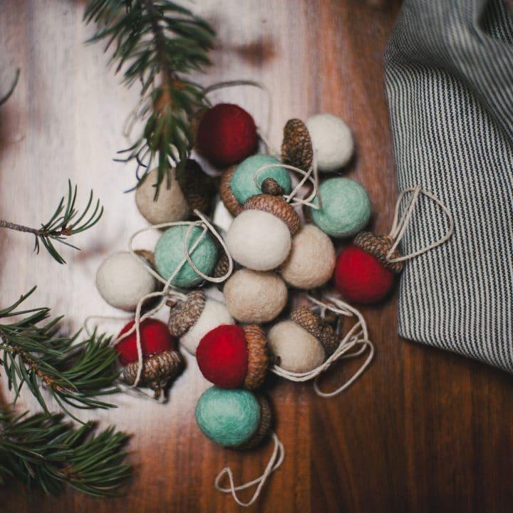 How to Make Felt Acorn Ornaments