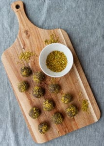 Tray of mud-n-moss energy balls.